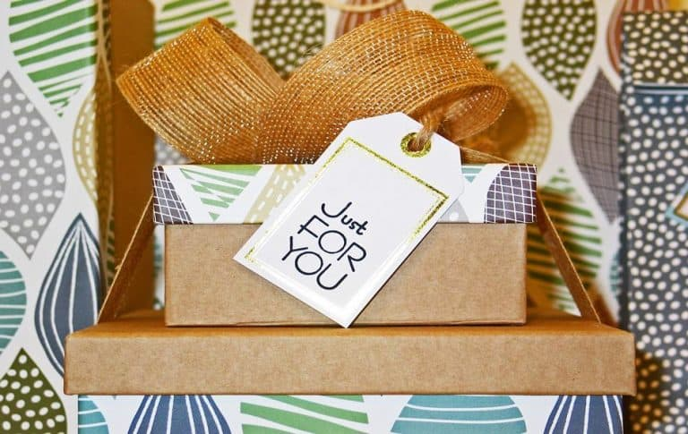Occasions to Give Gifts