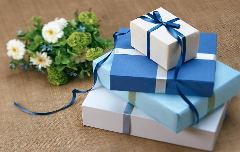 Gift Ideas for bedridden elderly or seniors